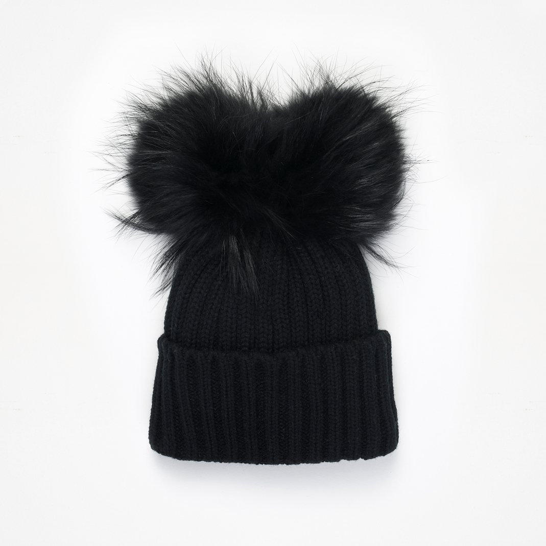 Bonnet double pompon en fourrure