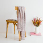 Écharpe en tweed rose